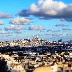 We love Paris!!  On ne se lasse pas de cette vue magnifique prise de l'arc de triomphe !  Can't get enough of this view! Picture taken from the top of the Arc de triomphe!  #parisjetaime #france #happy #worldtraveler #worldtravel #world #smile #travel #traveler #travelblog #travelblogger #travelgram #traveling #travelphotography #fuji #xt10 #nofilter #nofilterneeded #beautiful #instapic #instadaily #love #couple #neverstopexploring #arcdetriomphe #paris #champselysees #wanderlust #sun…