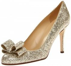 Be the cynosure of all eyes as you adorn this pair of rose gold glitter colored pumps by Kate Spade New York.