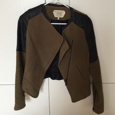 Army green jacket Has faux leather details, fits nice and good for fall winter as a jacket/blazer. Goes with any outfit Zara Jackets & Coats Blazers