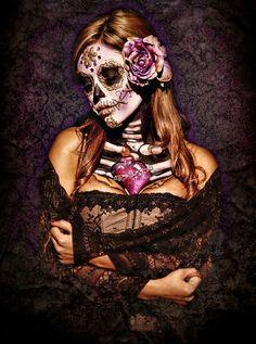 Day Of The Dead Girl, Day Of The Dead Skull, Sugar Skull Makeup, Sugar Skull Art, Sugar Skulls, Maquillage Halloween, Halloween Makeup, Halloween Costumes, Maquillaje Sugar Skull