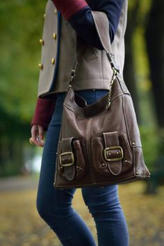 Cowhide Leather, Cow Leather, Leather Bag, Handmade Bags, Handmade Leather, Designer Shoulder Bags, Casual Bags, Work Casual, Everyday Bag