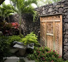 Gorgeous small garden corner
