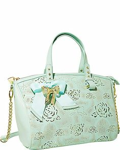 I need this Betsey Johnson purse!