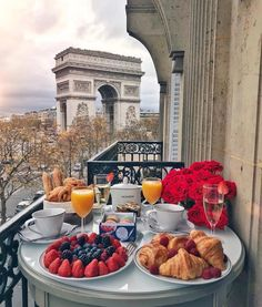 Bom dia Paris!