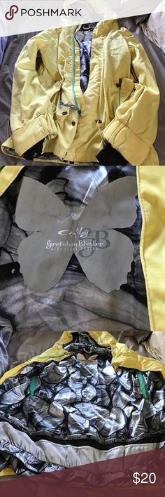 Oakley's Gretchen Bleiler Snowboarding jacket Butter yellow Oakley jacket with magnetic buttons. Used, but still have a lot of seasons left. Oakley Jackets & Coats