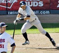 2012.09.26 ツインズ戦の6回、スウォーザクから三塁内野安打を放ったイチロー