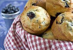 Cafe Lynnylu: Blueberry Lemon Verbena Muffins-