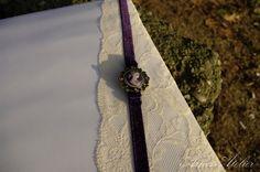 Carte de oaspeti pentru nunta si botez #cartedeoaspeti #guestbook #botez Guestbook, Wood Watch, Accessories, Wooden Clock, Jewelry Accessories