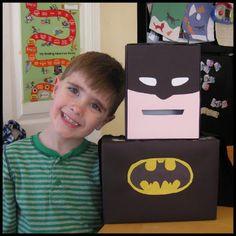 Batman Valentine Box- of maybe a gift card box for a wedding? My Funny Valentine, Valentine Day Boxes, Valentines Day Party, Valentines For Kids, Valentine Day Crafts, Holiday Crafts, Holiday Fun, Batman Valentine, Valentine Ideas