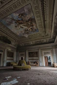 Oh, the moldings, the paintings. So sad. I want to hear the story of why it was abandoned. Abandoned Mansion For Sale, Old Abandoned Buildings, Abandoned Castles, Abandoned Mansions, Old Buildings, Abandoned Places, Beautiful Ruins, Beautiful Buildings, Beautiful Places