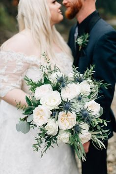 White and blue wedding bouquet | Winter wedding bouquet ,bridal bouquet