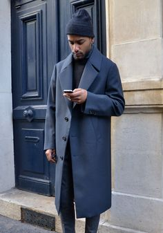 A Simple Guide to Minimalist Style | The Idle Man