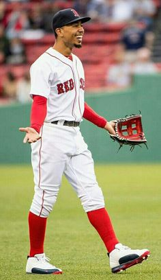 Baseball Today, Red Sox Baseball, Baseball Socks, Baseball Photos, Boston Sports, Boston Red Sox, Hot Baseball Players, Mlb Players, Baseball Wallpaper