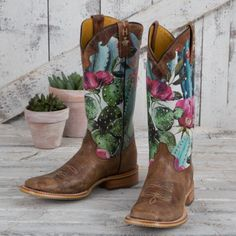 Great for Tin Haul Cactalicious Boots Women Boots from top store Cute Cowgirl Boots, Cowboy Boots Women, Cute Boots, Buy Shoes, Me Too Shoes, Pink Shoes, Western Shoes, Western Style, Rodeo Outfits