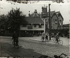 A cycle excursion to The Spotted Dog in West Ham, 1930.