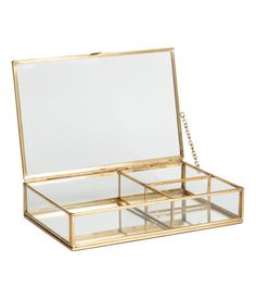 Rectangular jewelry box in clear glass with a metal frame and a mirrored glass at base. Lid with small hook at front and metal chain at one Interior Dorado, Glass Jewelry Box, Gold Jewelry, Jewellery Storage, Jewellery Box, Glass Boxes, Jewelry Organization, My Room, Clear Glass
