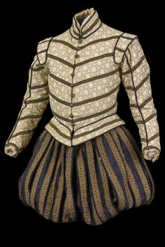 Costume by Jacques Schmidt for Fortinbras in Hamlet (directed by Patrice Chéreau, Elizabethan Clothing, Elizabethan Costume, Renaissance Costume, Renaissance Clothing, Renaissance Fashion, 16th Century Fashion, 17th Century Clothing, 18th Century, Tudor Costumes