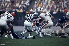 Running back Dan Reeves against the Cleveland Browns, opening day 1967.