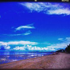 【secret.lav】さんのInstagramをピンしています。 《#resort #cebu #island #Philippines #sea #sky #travel #niceview #view #overseas #english #studyabroad #goodtime #mymemories #twins #beach  関東の海もこれくらい綺麗なら嬉しいのに🤔毎日の様にこんな景色見れてたことが幻に思えてくるʕʽɞ'ʔ💓← #景色 #綺麗 #大好き #海 #空 #セブ島 #フィリピン #セブ留学 #英語 #双子》