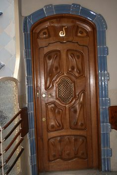 Wood carved door design jesus and children door indian for Amazing hand carved doors