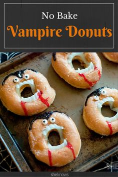 Grab a dozen glazed doughnuts and some vampire teeth for the funniest Halloween treat ever You can totally turn doughnuts into creepy, no-bake vampire treats Entree Halloween, Dessert Halloween, Halloween Party Appetizers, Appetizers For Kids, Halloween Treats For Kids, Halloween Goodies, Halloween Decorations, Outdoor Decorations, Party Desserts
