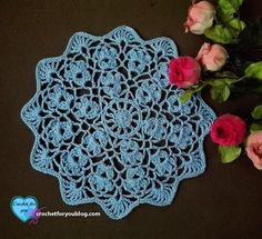 """Who does not like to make a crochet doily? As a home dcor, doilies are one of the most popular patterns in the crochet world. This Flower Wheel doily is easy to make and beautiful enough to brighten up your living room. Crochet Tablecloth Pattern, Free Crochet Doily Patterns, All Free Crochet, Crochet Motif, Crochet Doilies, Crochet Crafts, Crochet Flowers, Crochet Projects, Free Pattern"