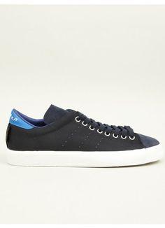 size 40 c1fe8 8069a Adidas Originals Mens Navy Match Play Sneakers Moda Masculina, Blanco Y  Negro