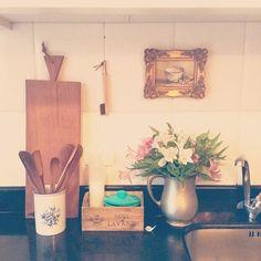 WEBSTA @ studiodalu - Aqui é onde tudo acontece nessa casa! rs @ilcasalingo #cozinhadeestar #chezlulu #décor #nacozinha #ilcasalingo