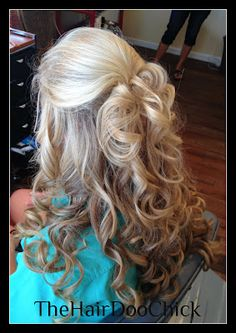 The Hair Doo Chick: Prom Hair! stylist shannon keel in Lee, FL long curls updo Pageant Hair, Prom Hair, Bridesmaid Hair, Homecoming Hair, Fancy Hairstyles, Wedding Hairstyles, Wedding Hair And Makeup, Hair Makeup, Pelo Formal