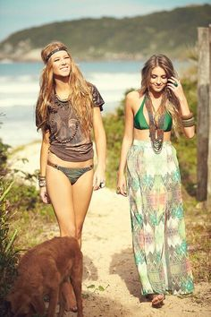╰☆╮Boho chic bohemian boho style hippy hippie chic bohème vibe gypsy fashion indie folk the . Hippie Style, Mode Hippie, Hippie Love, Hippie Chick, Hippie Bohemian, Gypsy Style, Boho Gypsy, Bohemian Style, Boho Chic