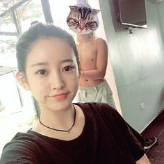 Check out the cute selfie of T-ara's soYeon ~ T-ara World ~ 티아라