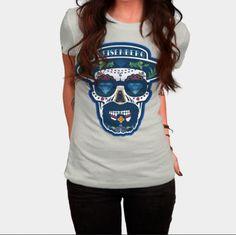 Cool Breaking Bad T-shirt  - Walther White - Heisenberg de los Muertos Teehttp://ragebear.com/to/heisenberg-de-los-muertos-shirt