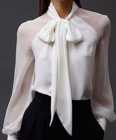 - Blouse - Camisa branca com transparência White shirt with transparency Business Outfits, Business Attire, Classy Outfits, Casual Outfits, Paris Chic, Elegantes Outfit, Looks Chic, Mode Hijab, Work Attire