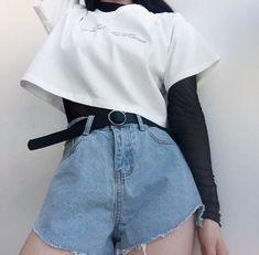 Pin de thauanny santos em roupas em 2019 корейская мода, стиль и мода e оде Fashion Mode, Aesthetic Fashion, Aesthetic Clothes, Girl Fashion, Fashion Outfits, Fashion Ideas, Womens Fashion, Fashion Belts, 90s Fashion