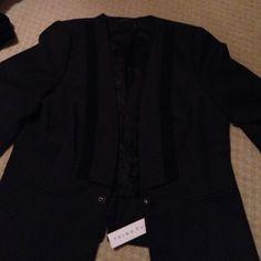 Trina Turk blazer  Brand-new with tags Trina Turk blazer Trina Turk Jackets & Coats Blazers