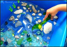 Ocean floor discovery bin and sensory play from my nearest and dearest. Sensory Tubs, Sensory Boxes, Sensory Play, Ocean Activities, Summer Activities, Toddler Activities, Tuff Tray, Small World Play, Under The Sea Theme