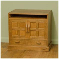 Yorkshire School Oak Media/TV Cabinet by Derek 'Lizardman' Slater