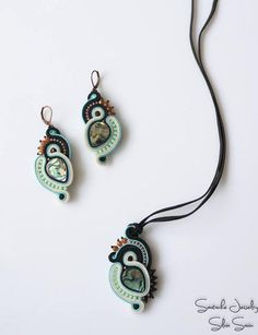 Soutache earrings and pendant with Paua shell, Toho and Preciosa beads Soutache Pendant, Soutache Necklace, Pendant Jewelry, Beaded Jewelry, Handmade Jewelry, Quilling Jewelry, Paua Shell, Craft Accessories, Jewelry Making Tools