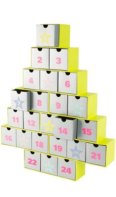 Storage box advent tree // Love it! Buy or DIY?