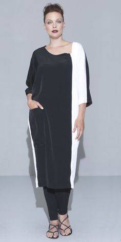 "Hebbeding Statement Black & White ""Cyd"" Dress   code:Hebbeding 122-081 £179.00 (Delivery from £3.95 )"