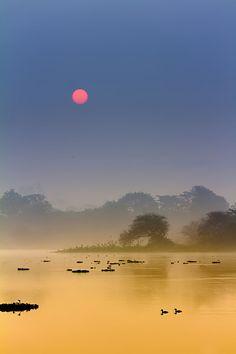 Winter morning - Pune, Maharashtra, India | ©Nitin Prabhudesai