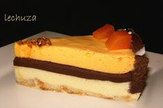 Tarta 3 mousses-porción Cupcakes, Spanish Food, Churros, Flan, Mexican Food Recipes, Cheesecake, Sweets, Baking, Chocolates