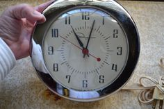 Vintage Mid-Century Ingraham Electric Wall Clock  Model 30-014 For Parts Repair