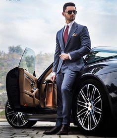 Make sure you look this slick on a Friday! Follow us for more style and fashion tips.. __________________________________  Photo: @signori_mk  #mensfashion #Bespoke #Mens #fashiontrends #lifestyle #manly #fashionblog #Dapper #men #FashionAddict #Classy #fashiongram #Menswear #suitandtie #guys  #Style #menwithclass  #Guyswithstyle #menwithstyle #suited  #Class #meninsuits #WashingtonDc #wcw #friday #alexandercaineuk #rayyounis #italiandesign #carstagram