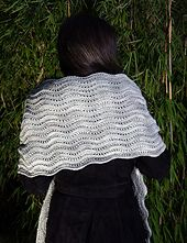 Ravelry: Dubrogena - Wave Stole pattern by Anna-Sophia Maré a free pattern