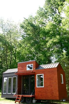 Tiny House...Love this tiny home.