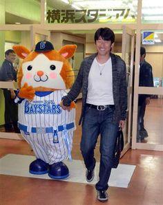D.B.Starman and Daisuke Miura (Yokohama DeNA BayStars)