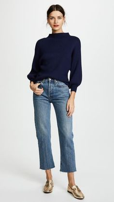 Essential work wardrobe pieces every woman should have in her closet Casual Fall Outfits, Classy Outfits, Work Outfits, Chic Outfits, Summer Outfits, Fashion Outfits, Womens Fashion, Fashion Trends, Fashion Boots