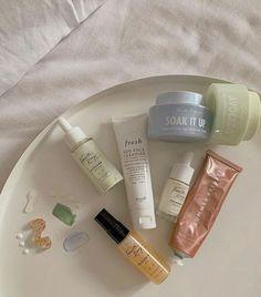Beauty Care, Beauty Skin, Beauty Makeup, Combination Skin Care Routine, Skin Care Routine 30s, Black Skin Care, Oily Skin Care, Aesthetic Makeup, Aesthetic Food