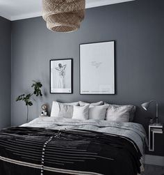 10 Dark bedroom walls – Candle Making Dark Gray Bedroom, Dark Bedroom Walls, Bedroom Wall Colors, Home Bedroom, Master Bedroom, Bedroom Decor, Best Color For Bedroom, Charcoal Bedroom, Dark Bedrooms